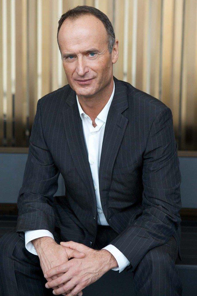 B2B-Portrait des Vorstandsvorsitzennden des Modeunternehmens Escada in dessen Münchener Firmen-Sitz
